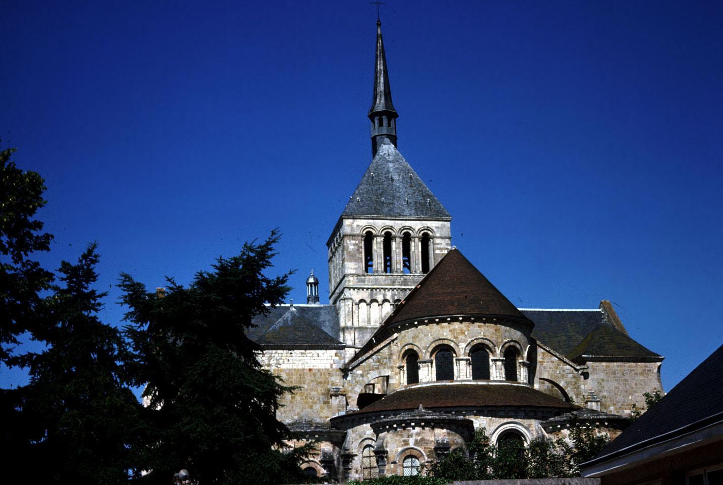 Elevation And Plan : Medieval saint benoît sur loire